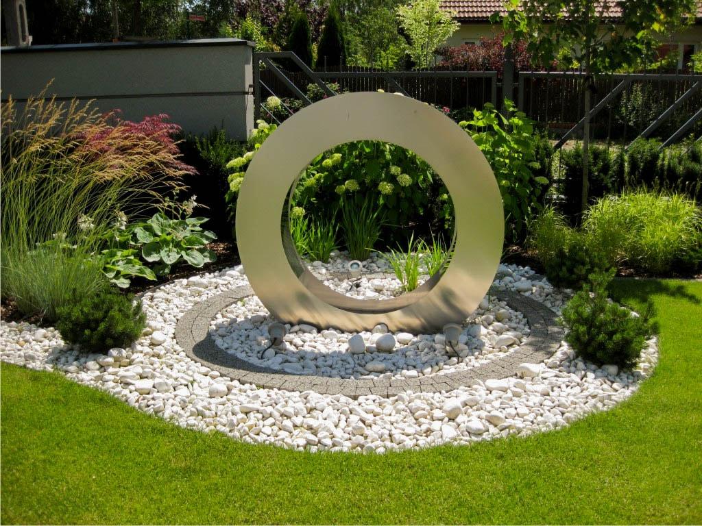 Projektowanie i zak adanie ogrod w warszawa ogrody for Kugeln gartendekoration